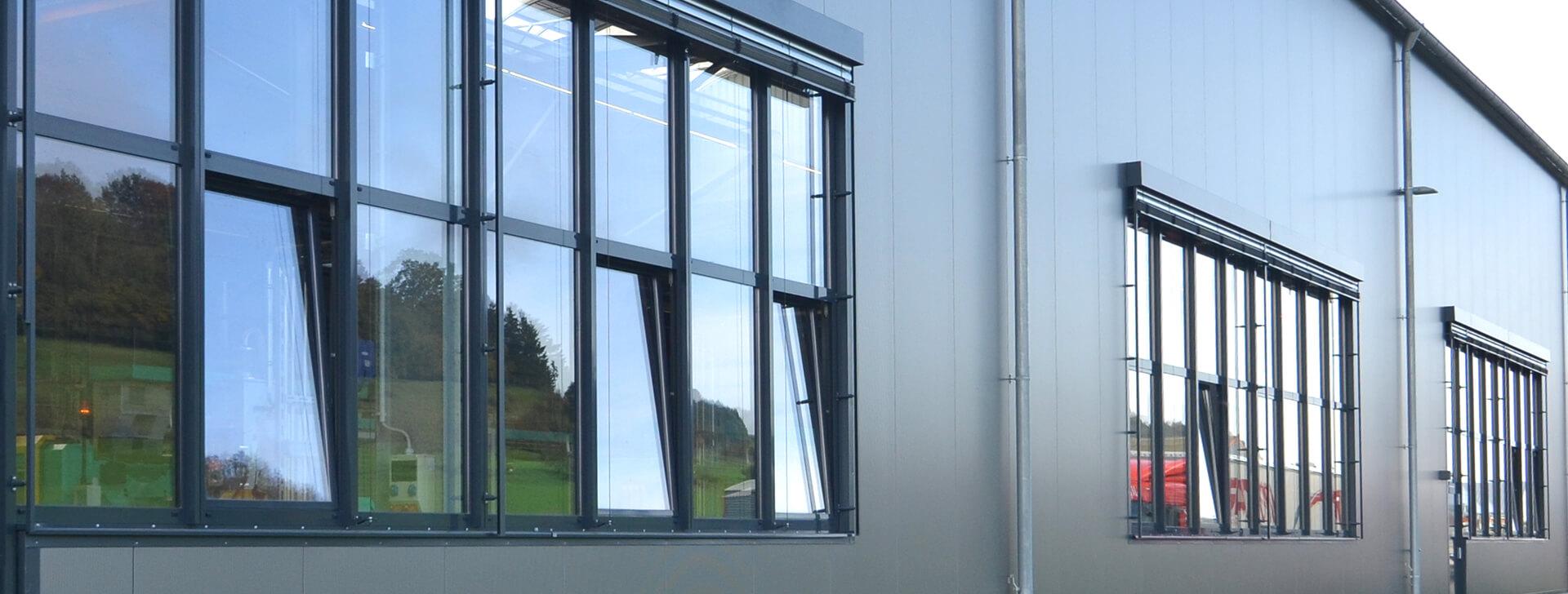 l ftung belichtung wand industriehallen b rofassaden. Black Bedroom Furniture Sets. Home Design Ideas